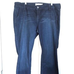 TORRID Jeans NWT Stretch Flare Blue Jeans 18R